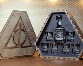 Harry potter, Harry potter gift, Gift for men, Harry potter glasses, Groomsmen gift, Harry potter wedding gift, Hogwarts whiskey decanter