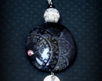 Tajmahal black and silver necklace