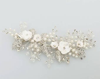 Stunning floral haircomb luxury design Freshwater pearl and crystal bridal hairpiece