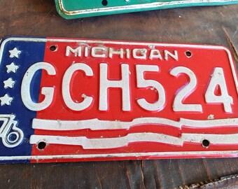 vintage 76 metal car tag 1976 MICHIGAN license plate sign wall decor