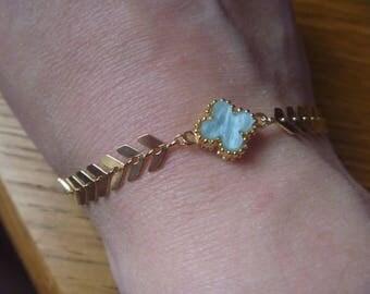 Gold link bracelet and sentimental