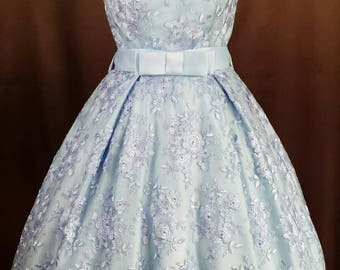 Rockabilly 50s prom dress in light blue satin top