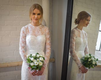 Rosalind / 2-piece mermaid wedding dress with plunging neckline, lace overlay, double-faced satin sash & chapel length train