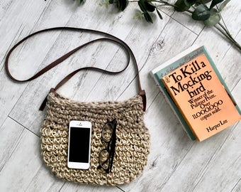 Woven Natural Hemp And Vintage Rug Minimalist Boho Bohemian Bag Vegan Leather Handles Knitted Crochet Straw Bag For Festivals And The Beach