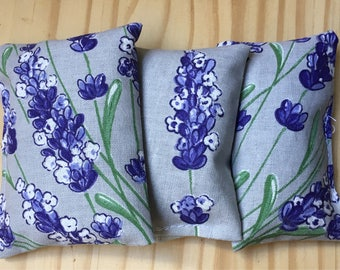 Lavender Sachets with fabric and lavender from the south of France.