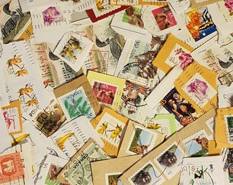 50 Canadian Mid-Value, High Value postage stamps, on paper used stamps, decoupage supplies, collage, Mid-Value definitives (e501)