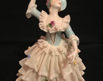 Vintage Unter Weiss Bach figurine