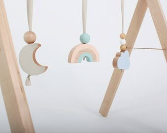 Sky Reach Baby Gym - natural wood
