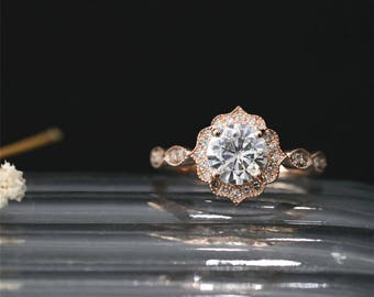 Vintage Brilliant Ring C&C 1.0ct Round Forever Classic Moissanite Engagement Ring Art Deco Ring Diamond Halo Ring 14K Rose Gold Bridal Ring