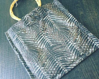 REF0184 - Printed fabric bag foliage and bamboo handles