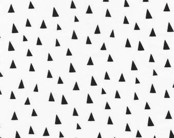 White Triangles // Monochrome // Quilters Cotton