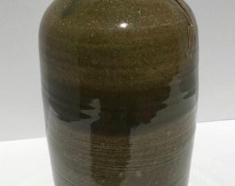 Fissure Vase
