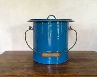 Chamber pot antique french blue metal Iron chamber pot enamelled blue