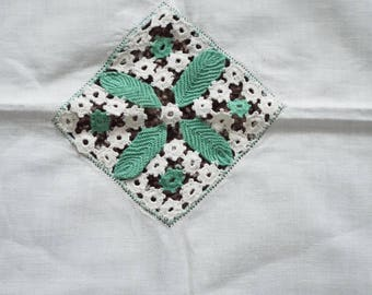 White Linen Hand Crocheted Green Floral Vintage Table Cloth