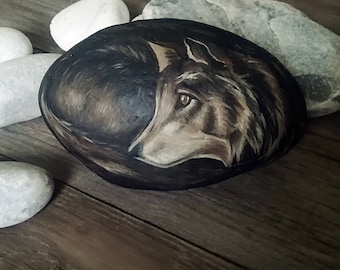 Wolf rock, Hand Painted Stones, Home Decor, Painted Rock, Rock Art, Home Decor, Stone art, river pebble
