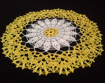 Crochet doily - Round doilies - Medium doily - White doily - Yellow doily - Home decor - Crochet doilies