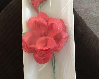 Rosa roje de chicle (tasteless red rose gum)