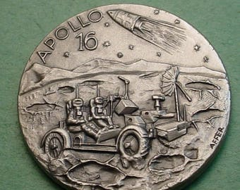Space Medal Apollo 16    1972 Exploration Mint Cond. 32mm White Metal 32mm Minted in ITALY Low Mintage<># ET3479