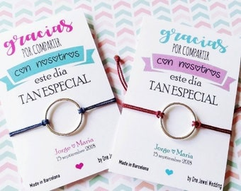 Wedding Guest Gifts. Wedding details. Wristbands with personalized Cards
