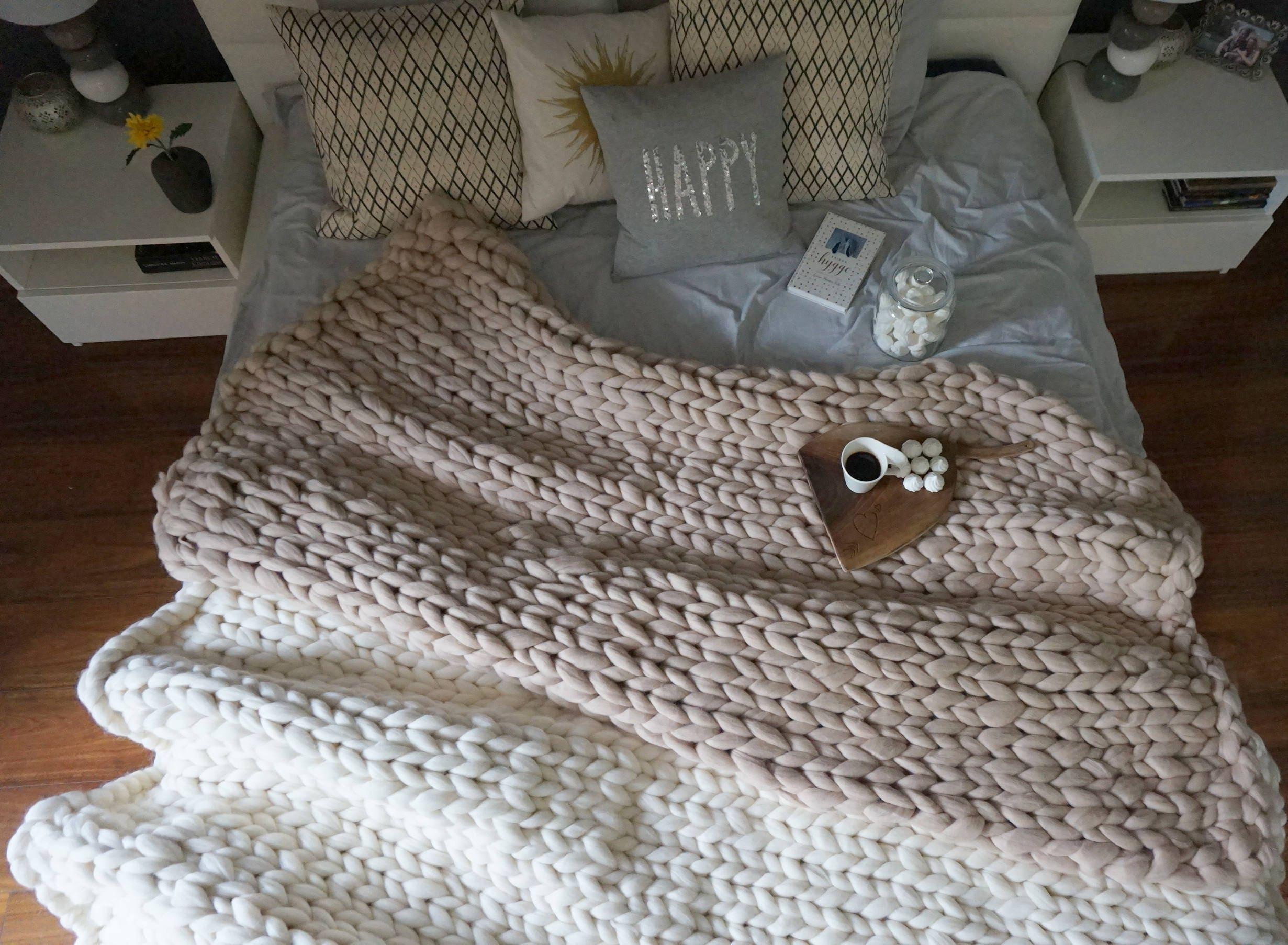 grobstrick garn decke werfen gestrickt stricken wolldecke. Black Bedroom Furniture Sets. Home Design Ideas