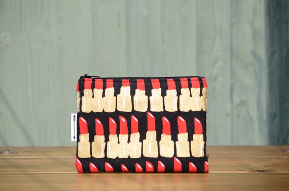 Black lipstick zipped pouch