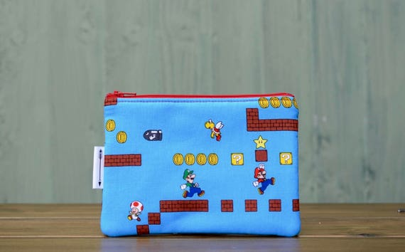 Retro Super Mario zipped pouch