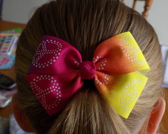 Rainbow Hair Bow - Peace sign hair bow, Girl's hair bow, Hippie theme, Toddler hair bow, 4 inch hair bow, Peace hair bow