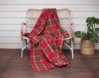 Vintage Wool Blanket, recycled, FREE SHIPPING, Red, Brown, Autumn colours, Double bed, weighted blanket, Woolen blanket, blanket upcycle
