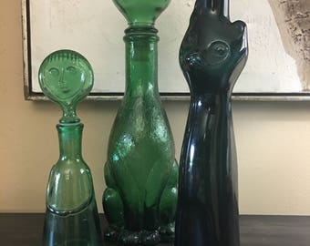 Collectible Happy Cat wine bottle in a Danish Modern style