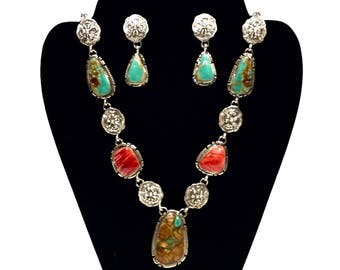 Handmade Spiny Oyster and Turquoise Necklace set