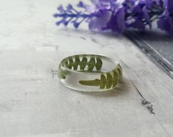 Fern leaf ring, real flower jewellery, pressed green leaves , resin band rings, gifts for her, daughter sister present, fern leaves jewelry