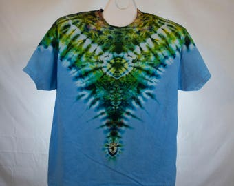 Adult XL, Blue Dip Dye Short Sleeve T-shirt, 100% Cotton