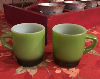Set of 2 Vintage Anchor Hocking Fire King Avocado Green D Ring Mugs with Black Bases / Stacking Mugs / Coffee Mugs / Cup