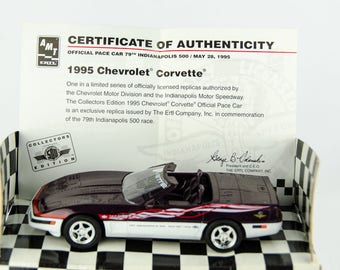 AMT Collectors Edition 1995 Corvette Pace Car Indianapolis 500 1/25 Model Car
