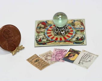 Green Crystal Fortune Tellers Set