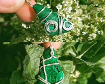 Double Spiral Handmade Natural Wire Wrapped Malachite Pendant