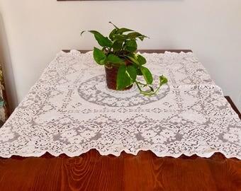 Crochet table cloth, vintage table cloth, Vintage decor, boho decor
