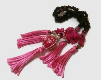Hot pink juzu with pink agate and pink D20 charm (example)