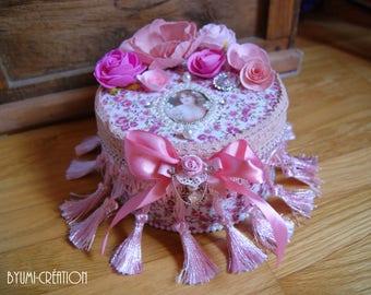 Box boudoir pink flowers