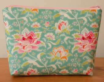 Make Up Bag, Make Up Case, Cosmetics Purse, 100% Cotton Tilda New 'Circus Rose Teal' Floral Fabric, Lined, Vintage Style, Handmade