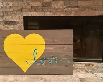 Wall Art - Love with heart - wood sign