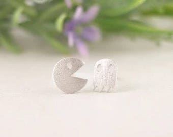 24/7 Jewelry Collection Pacman earrings-studs earrings-brushed-Minimalist-Silver-Gold-rose gold