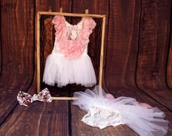 newborn- cream & white baby girl lace romper  - newborn photography props -lace newborn outfit-newborn photography