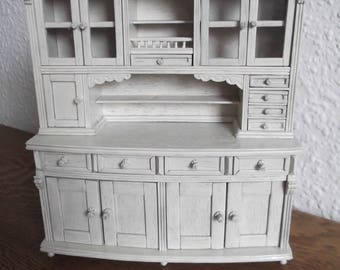 Kitchen buffet shabby chic Gründerzeit, ivory handarb f. doll 18 x 20 x 7 cm. If necessary the choice of color & size change - function furniture