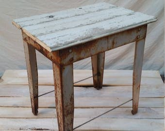 Wood Steam punk Industrial Rust Rat Hot Rod White Siding Salvage Wooden Top Gift End Side Table