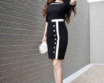 Classic Black-and-White Patchwork Short Bubble Sleeve Career Dress