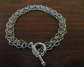 Helm Pattern Chainmail Bracelet