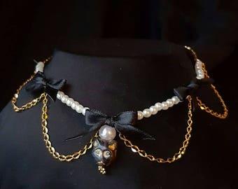 Black, white and golden kitten collar