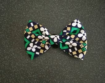 Pet collar bow tie in blue/green/white/yellow