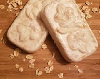 Organic Goats Milk Honey Oats Soap Bar